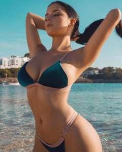 скачать бесплатндроида фото красивых девушек в купальниках боди и бикини