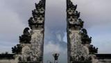 Русских туристов на Бали: паспорт и респираторы всегда с нами
