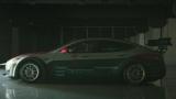 Tesla Model S превратили в гоночный автомобиль (видео)