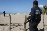 На мексиканском пляже расстреляли трех туристов