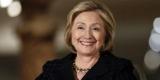 Хиллари Клинтон появилась на публике в странном наряде